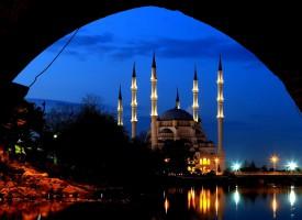 Hutba: Džamije pripadaju Allahu