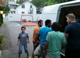 Podjela iftara u azilantskom centru
