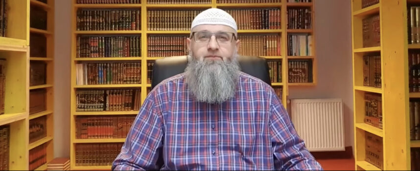Ulazak u nužnik sa mushafom – Dr Safet Kuduzović